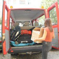 Gewerkschaftsbus wird gepackt